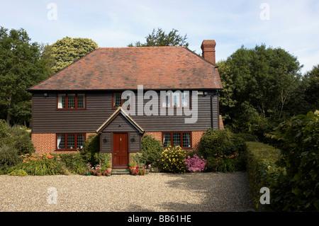 Ein schönes Zuhause auf dem Land - Stockfoto