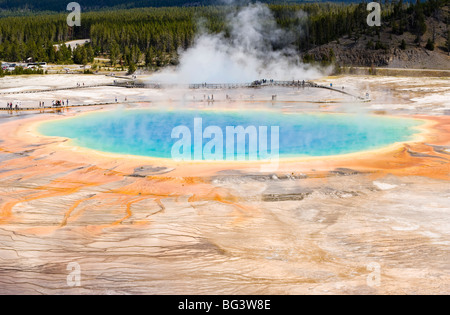 Grand prismatische Frühling im Yellowstone-Nationalpark, Wyoming, USA. - Stockfoto