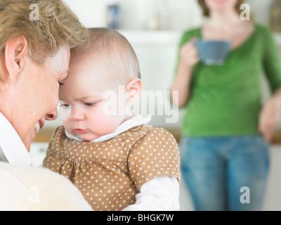 Großmutter und baby - Stockfoto