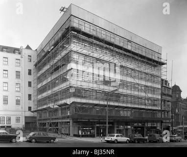 Sanierung eines Gebäudes, Stadtzentrum von Sheffield, South Yorkshire, 1967. Künstler: Michael Walters - Stockfoto