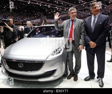 Ratan N. Tata, Paolo Pininfarina, Tata Prima, Auto - Stockfoto