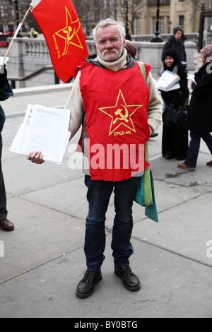 Demonstrant im jenseits Worte: stummer Zeuge Ungerechtigkeit. Die London-Guantánamo-Kampagne - Stockfoto