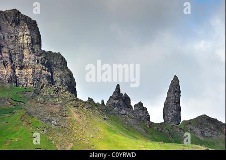 Die Pinnacle Rock Old Man of Storr auf der Isle Of Skye, Schottland, UK - Stockfoto