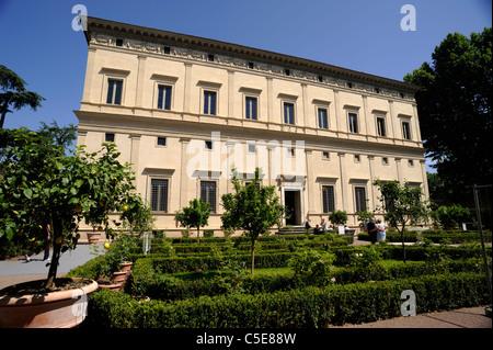 Italien, Rom, Trastevere, Villa Farnesina (Villa Chigi), Renaissance-Garten - Stockfoto