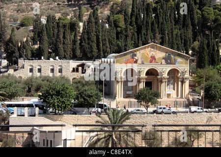 Die Kirche aller Nationen, Ölberg, Jerusalem. Auch bekannt als die Basilika der Agonie - Stockfoto