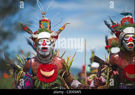 Stammes-Darsteller aus Hagen im Sing-Sing - Mt Hagen zeigen in Western Highlands Papua-Neu-Guinea. - Stockfoto