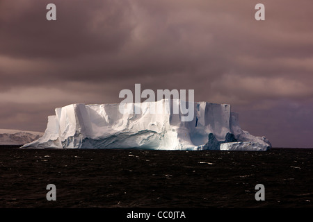Antarktis tabellarischen Eisbergs Bellingshausen Sea - Stockfoto