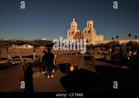 Ein National Historic Landmark, Mission San Xavier del Bac, auch bekannt als die weiße Taube der Wüste, Tucson, - Stockfoto