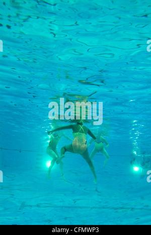 Schwimmer unter Wasser Sport - Stockfoto
