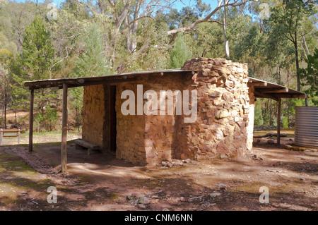 Restaurierte Halstücher Hütte, einem alten Schäferhütte am Mambray Creek im Mount Remarkable National Park in den - Stockfoto