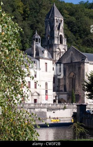 Brantôme, Brantome, Brücke, Abtei auf dem Fluss Dronne, Dordogne, Frankreich, Europa - Stockfoto
