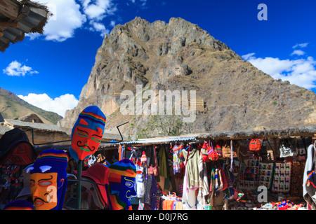 Ruhige Stadtleben in Ollantaytambo im Heiligen Tal, Provinz von Cuzco, Peru. Foto: Navè Orgad - Stockfoto