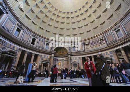 Innenraum des Pantheon, Rom, Italien - Stockfoto