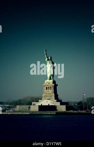Statue von Liberty dunkle Textur Hintergrund New York City - Stockfoto