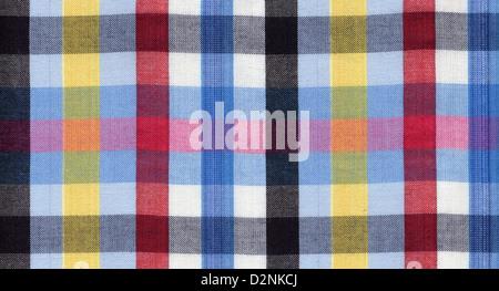 Blaue, rote, schwarze und gelbe quadratische Muster Textilhintergrund - Stockfoto
