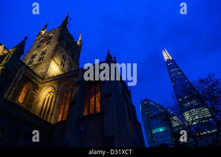 Southwark Kathedrale mit der Scherbe, Southwark, London, UK - Stockfoto