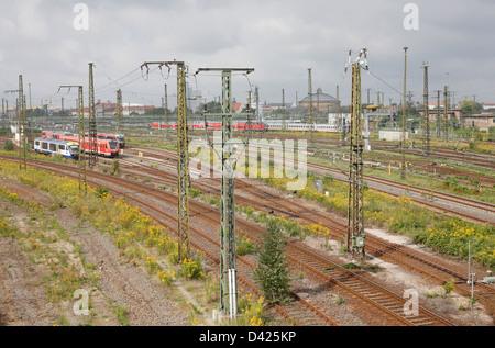 Leipzig, Deutschland, Schienensystem in der Nähe von Leipzig Hauptbahnhof - Stockfoto