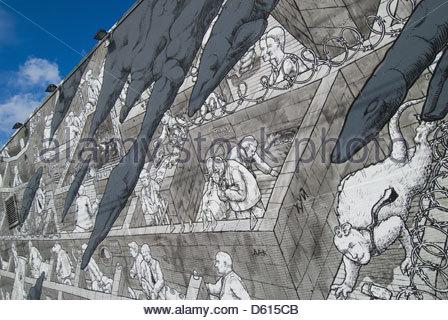 Graffiti-Kunst 'Wall Street Labyrinth' von Liqen in Wynwood Arts District in Miami, Florida, USA - Stockfoto