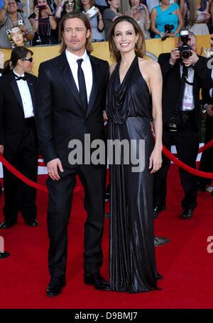Brad Pitt, Angelina Jolie 18. Annual Screen Actors Guild Awards (SAG Awards) abgehaltenen The Shrine Auditorium - Stockfoto
