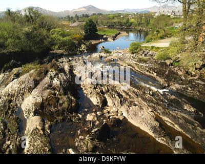 Der Fluss Ardasheeluan, Sneem, Irland - Stockfoto