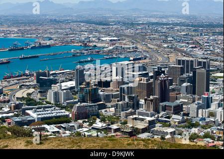 Skyline von Kapstadt und den Hafen, Western Cape, Südafrika - Stockfoto