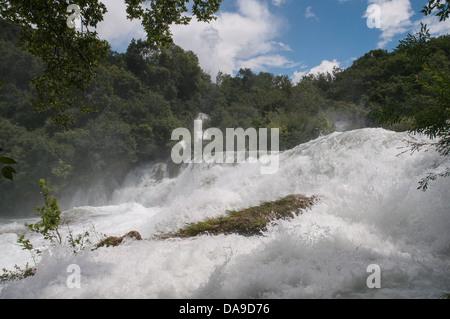 KRKA Nationalpark, Sibenik, Kroatien, Fernsehreihe, Dalmatien, Dalmatien, Travertin-Wasserfall, Skradinski Buk, - Stockfoto