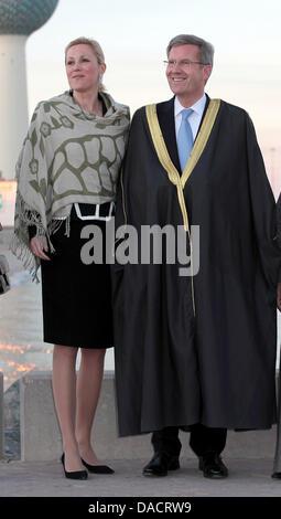 Bundespräsident Christian Wulff weitergeleitet Sitsch bin Quantenelektrodynamik (13.12.2011) in Kuwait-Stadt eine - Stockfoto