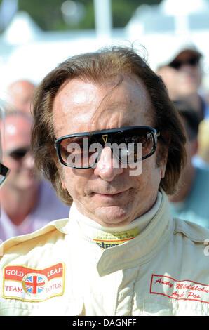 Emerson Fittipaldi beim Goodwood Festival of Speed. Platz für Kopie - Stockfoto
