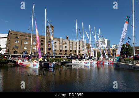 London, UK. 31. August 2013. Clipper rund um die Welt Rennen Yachten, St Katharine Docks, London, UK. © Simon Balson/Alamy - Stockfoto
