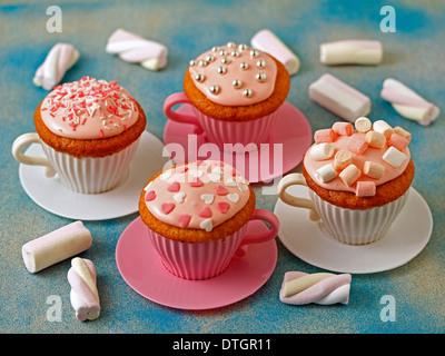 Marshmallow-Muffins. Rezept zur Verfügung. - Stockfoto