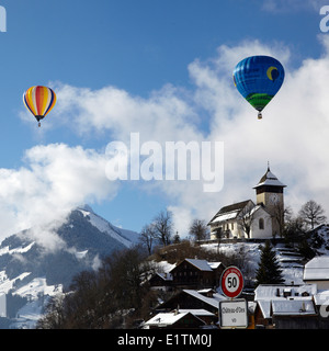 Europa, Schweiz, Kanton Waadt, Chateau d ' Oex Stadt, Hot Air Balloon International Festival - Stockfoto