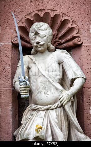 Steinfigur am Eingangstor, Kloster Schloss Corvey in Höxter, Weserbergland, Nord Rhein Westfalen, Deutschland, Europa, - Stockfoto