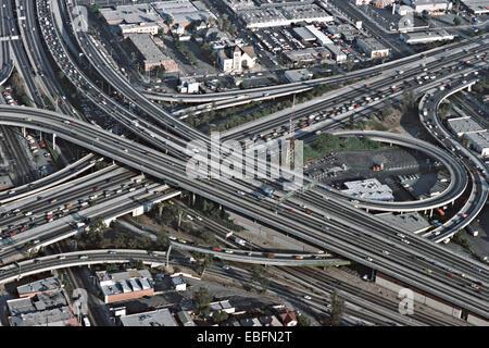 Luftaufnahme von Autobahnen, Los Angeles, Kalifornien, USA - Stockfoto