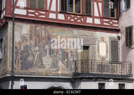 Fassade des historischen Hauses am Chirchhofplatz Square, Stein bin Rhein, Hochrhein, Kanton Schaffhausen, Schweiz, - Stockfoto