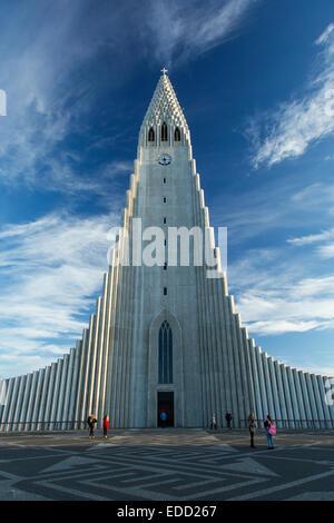 Kirche der Hallgrímskirkja in Reykjavík, Island - Stockfoto