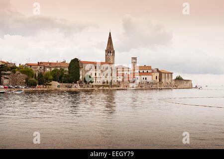 die Küste der Stadt Porec - Istrien - Kroatien - Stockfoto