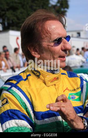 Brasilianische zweifache F1 World Champion Emerson Fittipaldi genießen die Herbstsonne / Goodwood Revival / Goodwood - Stockfoto