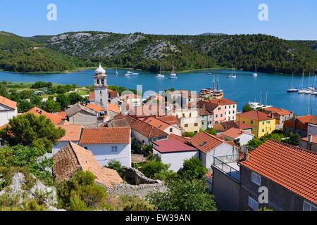 Ansicht der Stadt Skradin und Krka Fluss aus Punkt - dalmatinischen Küste von Kroatien - Stockfoto