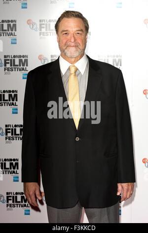 "London, UK. 8. Oktober 2015. John Goodman an einem Fototermin für den Film ""Trumbo"" während des 59. BFI London Film - Stockfoto"
