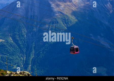 Seilbahn am Aletsch-Gletscher, Schweiz - Stockfoto