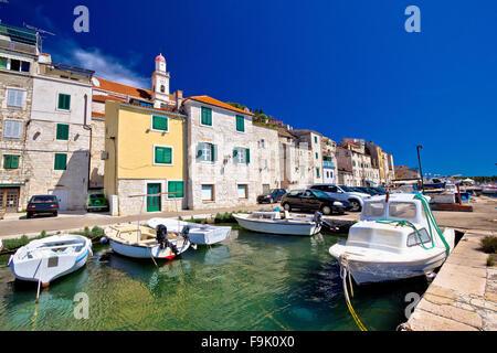 Bunte Sibenik alte Stein Hafen Blick, Dalmatien, Kroatien - Stockfoto