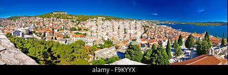 Stadt Sibenik Dächer Panorama, Dalmatien, Kroatien - Stockfoto