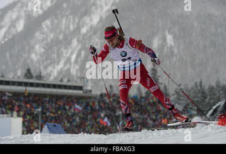 Ruhpolding, Deutschland. 13. Januar 2016. Norwegische Biathletin Erlend Bjoentegaard in Aktion während der Mens - Stockfoto