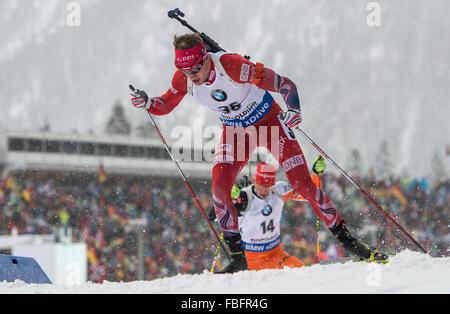 Ruhpolding, Deutschland. 13. Januar 2016. Norwegischer Biathlet Tarjei Boe in Aktion während der Mens 20km-Rennen - Stockfoto