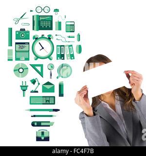 Zusammengesetztes Bild der Geschäftsfrau zeigt eine Karte - Stockfoto