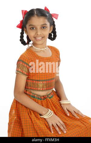 Zehn Jahre alte ländliche Mädchen in gut gekleidete Herr # 743 - Stockfoto