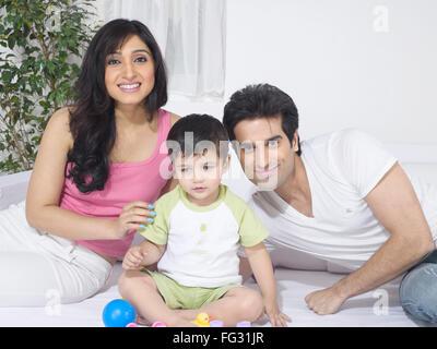 Verbinden Sie mit ihrem Baby; HERR #779 L; HERR #779 M; HERR #779O - Stockfoto