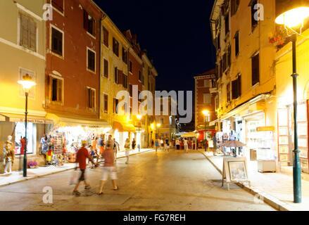 Geographie/Reisen, Kroatien, Istrien, Rovinj, Altstadt am Abend - Additional-Rights Clearance-Info - Not-Available - Stockfoto