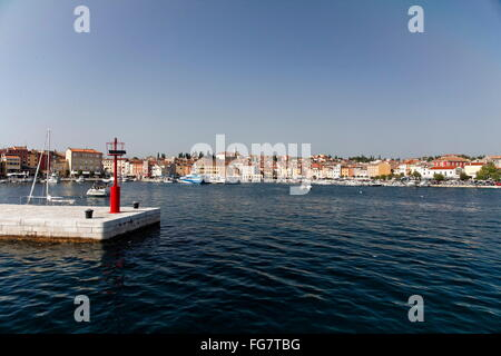 Geographie/Reisen, Kroatien, Istrien, Rovinj, Pier, Additional-Rights - Clearance-Info - Not-Available - Stockfoto
