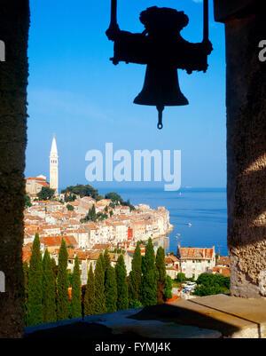 Ein Blick in die Stadt Rovinj in Kroatien - Stockfoto